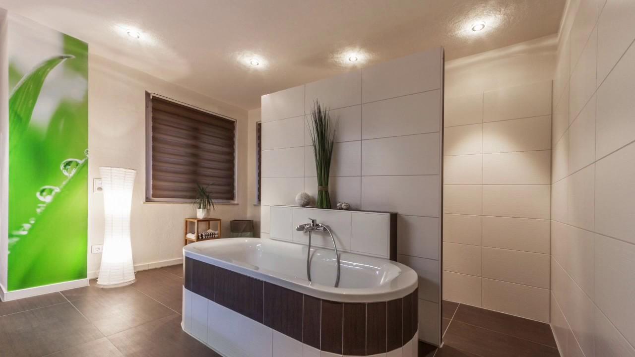 Was kostet eine Badezimmer Renovierung, eine Bad Sanierung ...
