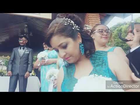 Pastor Carlos Ministra o Casamento Na presença de Deus Da Irmã  Natali e  do Irmão  Wilson