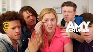 Inside Amy Schumer - Girl, You Don't Need Makeup