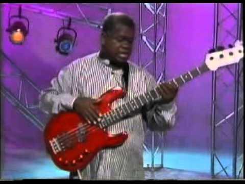 Download Youtube: Abraham Laboriel   Beginning Funk Bass