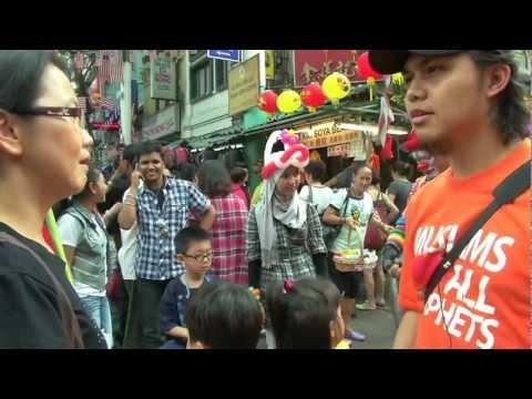 Street Dakwah Malaysia - Auntie With Her Kids