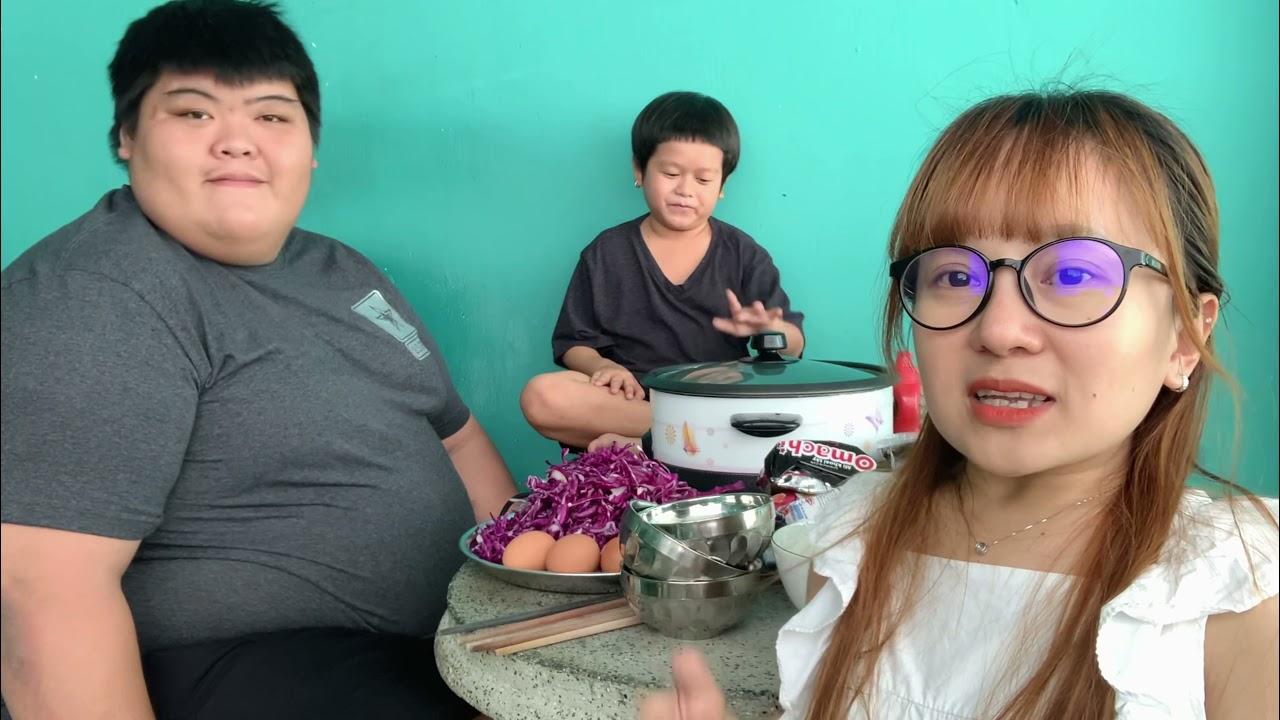 Ut Mini Huy Tí Hon và Bình Sumo Nấu My Cay Mùa dịch