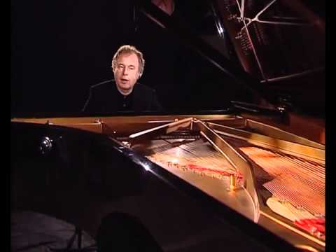 Introduction to Capriccio in G Major Haydn - Andras Schiff