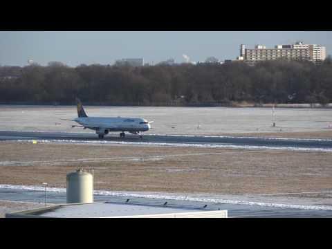 Airport Bremen departure Lufthansa A321, arrival germanwings A321