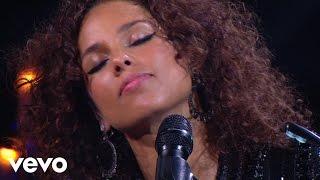 Смотреть клип Alicia Keys - Troubles