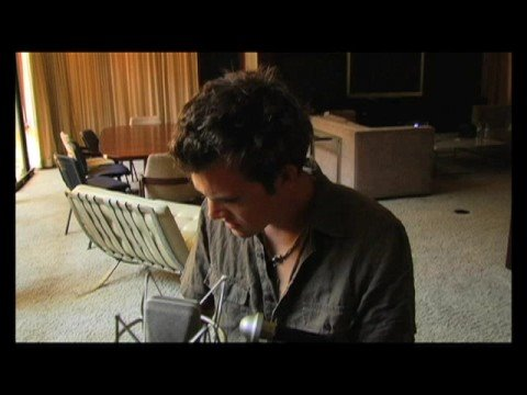 Tyler Hilton - Use Somebody (Kings of Leon Cover)