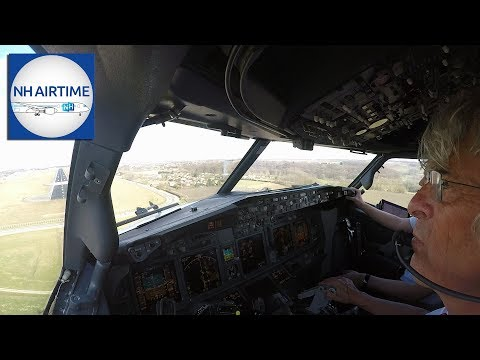 PILOTS VIEW of the CORENDON BOEING 737-800 into MAASTRICHT (AMS-MST-AMS)