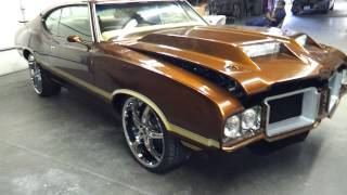 1971 Oldsmobile 442 Cutlass on staggered 22s Candy Rootbeer,BigBlock
