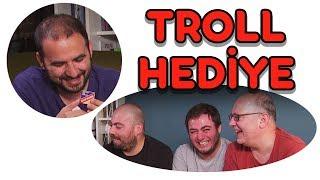 5 TL ile Melih'e En Troll Hediyeyi Kim Alacak?