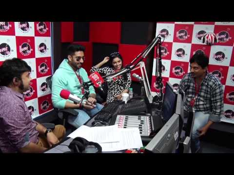 Abhishek Bachchan And Asin Sing Chaar Shanivar | All Is Well | In Studio | Fever 104 FM