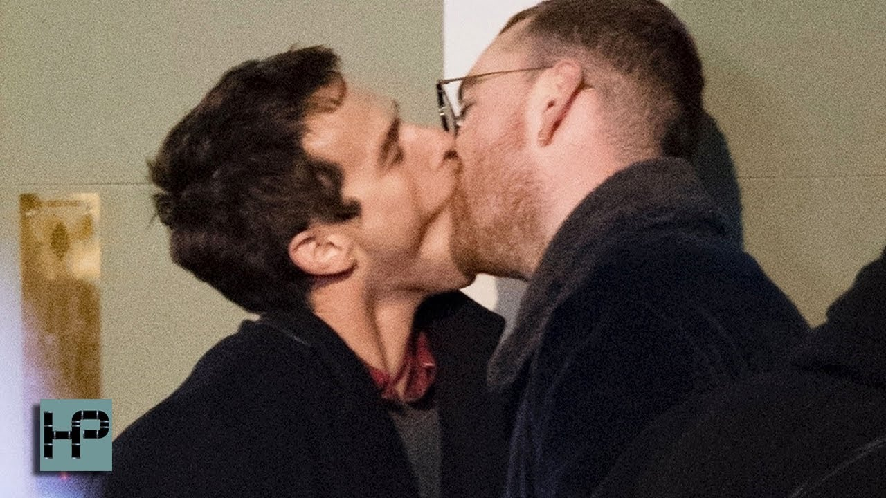 Agressive kissing