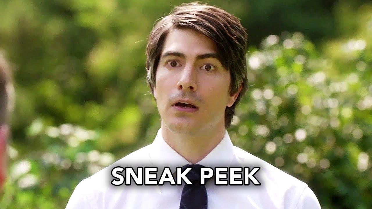 "Download DC's Legends of Tomorrow 4x03 Sneak Peek ""Dancing Queen"" (HD) Season 4 Episode 3 Sneak Peek"