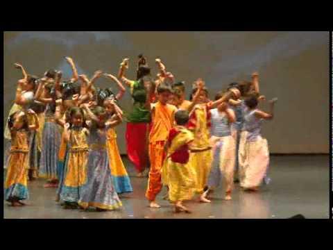 Download Dancing in Pardesi Gujju Feat. Nandini and Deven