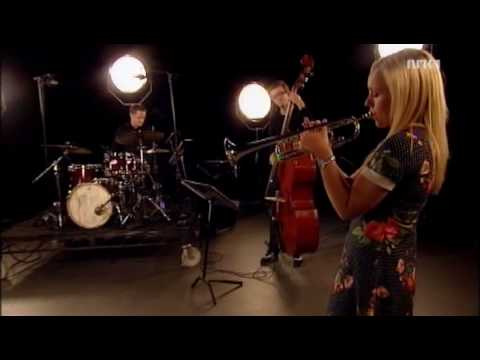 Tine Thing Helseth & tango trio - Libertango by Piazzolla (live, 2009)