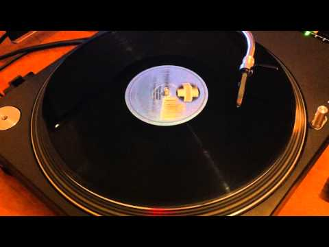 Kenny Dope presents The Bucketheads  The Bomb! These Sounds Fall Into My Mind Radio Edit