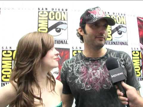Red Sonja - Comic-Con 2008 Exclusive: Rose McGowan and Robert Rodriguez