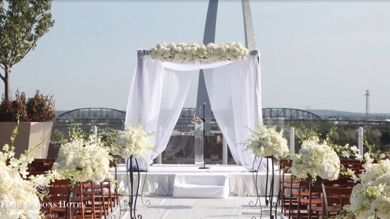 Four Seasons St Louis The Hot Spot For Weddings
