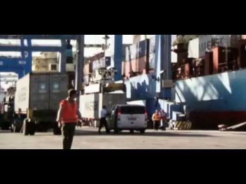 captain phillips scenes at the port