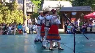 Romanian dance to Indian music