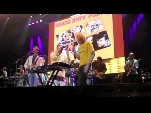Ollie Brown singing on stage with The Beach Boys!