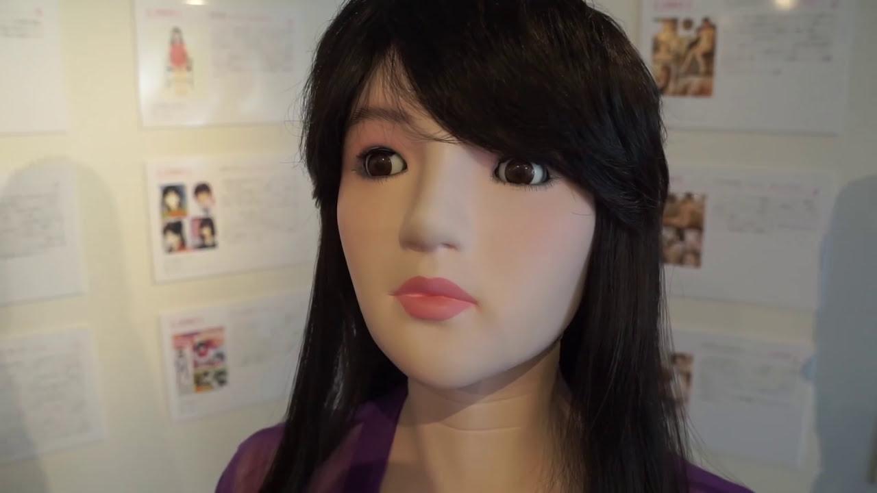 Młoda lalka seksu