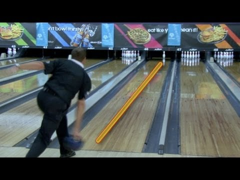 How To Throw The Bowling Ball Straight Youtube