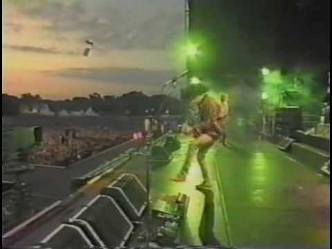Aerosmith Dude (Looks Like a Lady) Live Holland '94