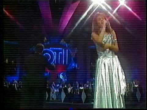Cecilia Castro ganadora de la OTI 1988 Chile