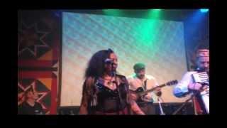 La Mort Subite & Nicole Monique Johnson_Caravan_2013