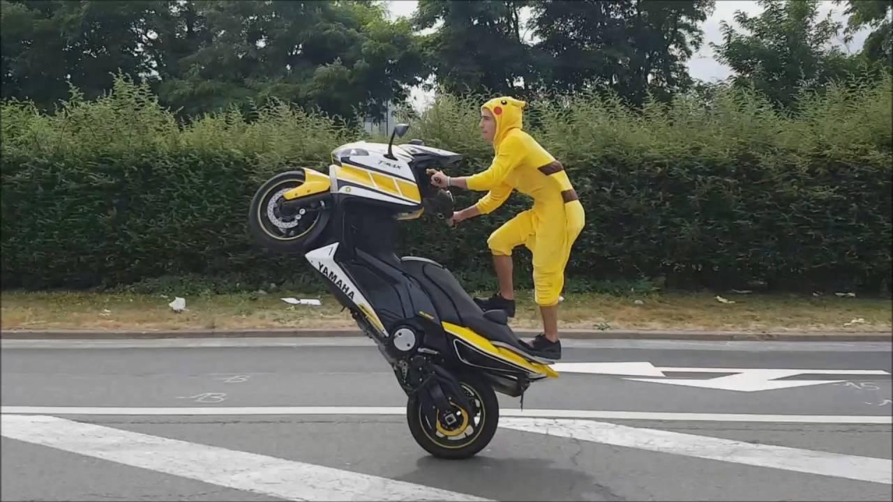 Lacrobate Pikachu En Tmax 60th Anniversary