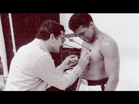 WOW Vault: Muhammad Ali - Behind the Scenes of the iconic Esquire cover from Esquire