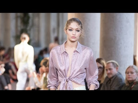 Alberta Ferretti Spring Summer 2018 Fashion Show