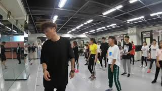 K-POPダンスレッスン