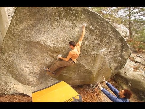 Alex Honnold Frees New Route in Yosemite, Aussie Boulderer Flashes Font 8b  - EpicTV Climbing Daily