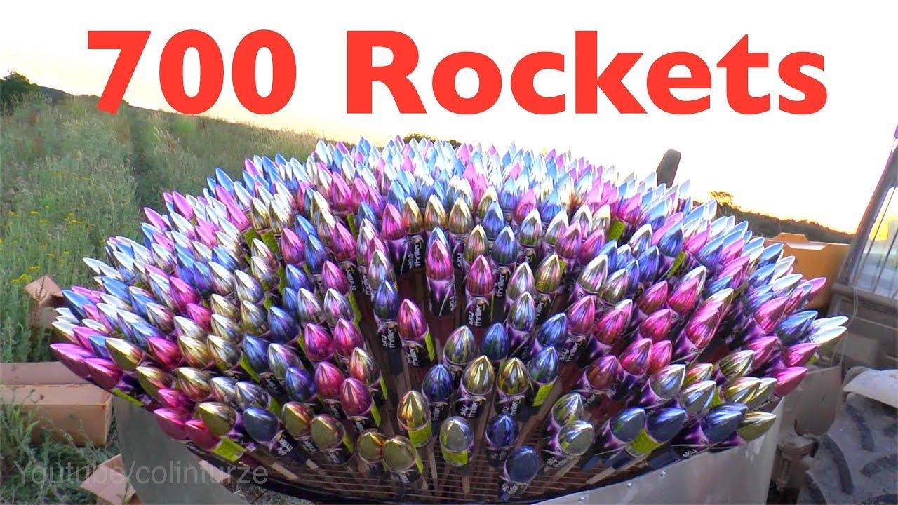 Odpalenie 700 fajerwerkowych rakiet