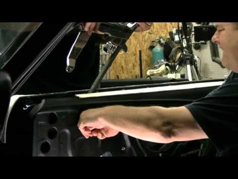 Episode 90 Door Glass Vent Window Install 1967 or 1968 Mustang or Cougar Autorestomod