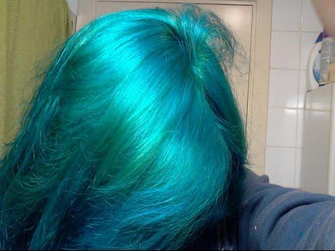dye hair blue turquoise esmerald