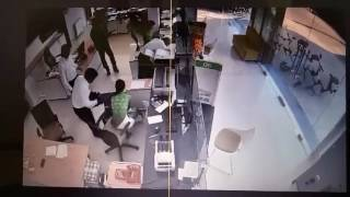 Toàn cảnh vụ cướp ngân hàng Vietcombank tại Trà Vinh lấy  1,6 tỷ đồng và 3000 USD ngân hàng