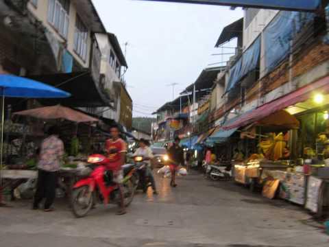Sadao/Malaysia border crossing, Hat Yai, Ban Song morning market, Southern Thailand