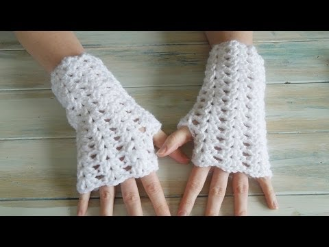 (crochet) How To - Crochet Iris Stitch Finger-less Mittens