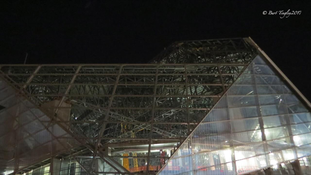 Mercedes benz stadium 2017 youtube for Mercedes benz stadium roof