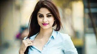 Song: the hook up song music composer: vishal and shekhar lyrics: kumaar singers: neha kakkar & ravjiani - student of year...