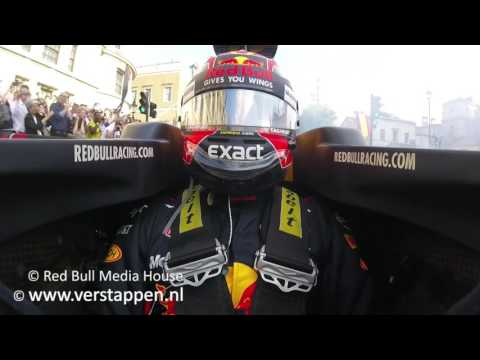 Onboard F1 demo of Max Verstappen at F1 Live London, 12/07/2017