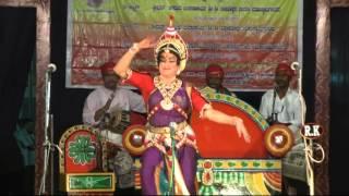 Yakshagana- Raghavendra mayya--achara Dwadva Gayana Mantapa prabhakar visheye....Nodi higgidalaga...