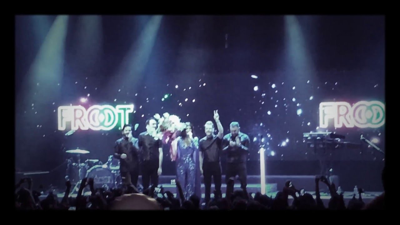 Marina And The Diamonds Greeting In Greek Youtube