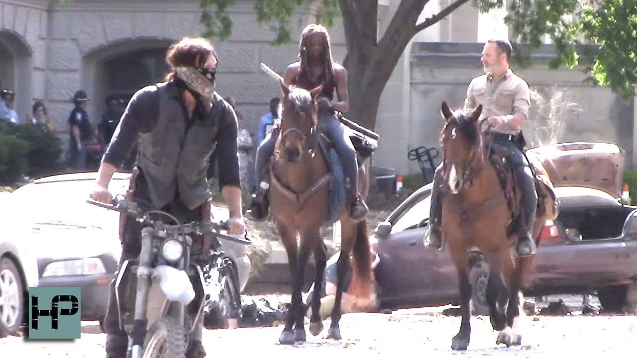 Hell Ya!! First Look at The Walking Dead Season 9 ...
