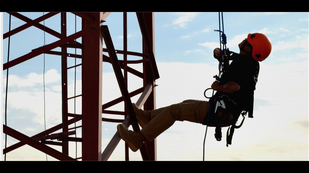 Trabajo en altura puntos clave para evitar accidentes for Construccion de piscinas en altura