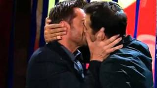 Hugh Jackman kisses Ivan Urgant in russian TV
