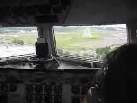 Spirit of Freedom C-54 Landing at Teterboro NJ Sept 2007