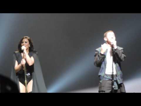 Close by Nick Jonas Demi Lovato in Indianapolis